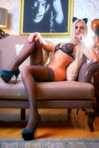 LORY erotische Freundin